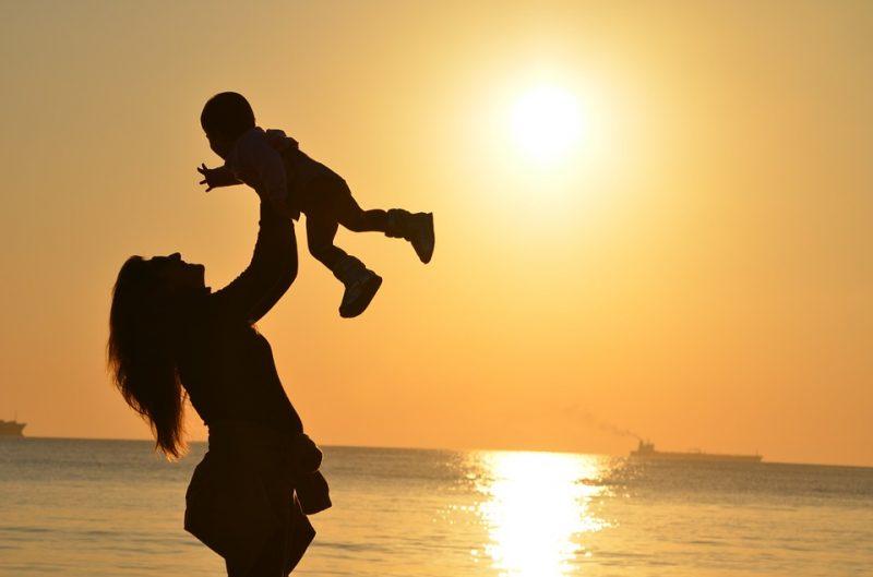 Anyának lenni
