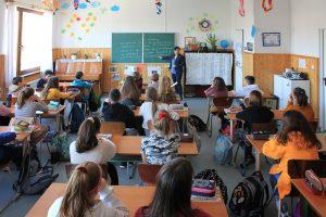 Farkas Márta a diósdi német nemzetiségi iskolában