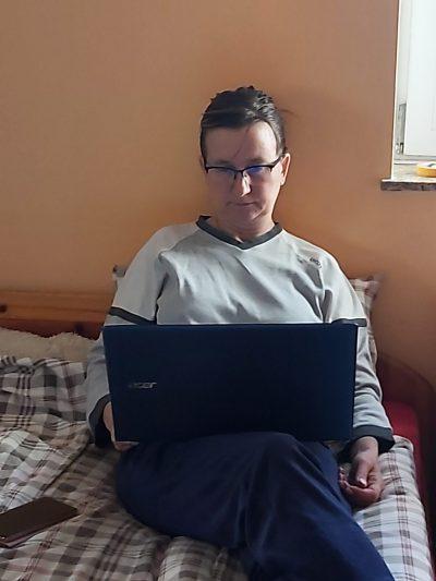 Bányai Petra középiskolai magyartanár digitális oktatás