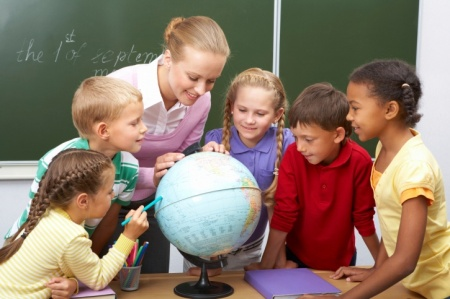 Mióta van földgömb az iskolákban? – Kogutowicz Manó aranyérmet kapott érte